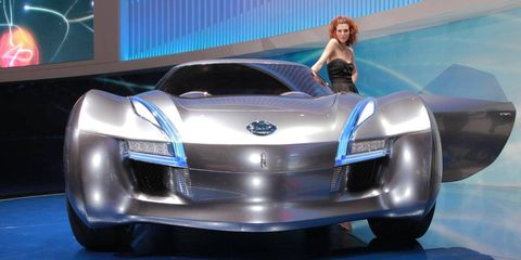 Automotive design, Event, Vehicle, Grille, Automotive lighting, Car, Concept car, Headlamp, Auto show, Automotive exterior,