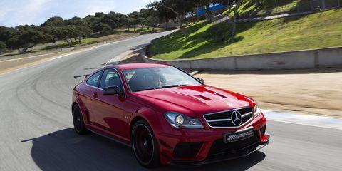 Tire, Wheel, Mode of transport, Automotive design, Road, Vehicle, Alloy wheel, Rim, Car, Hood,