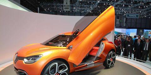 Tire, Wheel, Automotive design, Vehicle, Land vehicle, Concept car, Car, Automotive wheel system, Auto show, Exhibition,