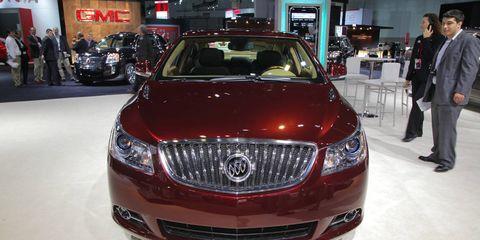 Automotive design, Vehicle, Event, Product, Car, Grille, Automotive lighting, Exhibition, Auto show, Personal luxury car,