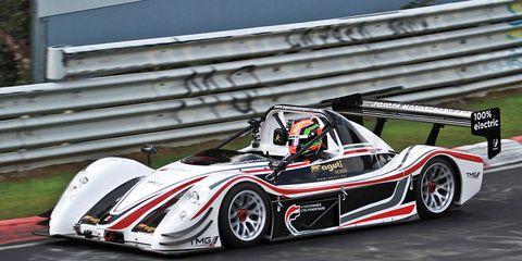 Tire, Wheel, Automotive design, Mode of transport, Vehicle, Land vehicle, Car, Motorsport, Automotive tire, Race car,