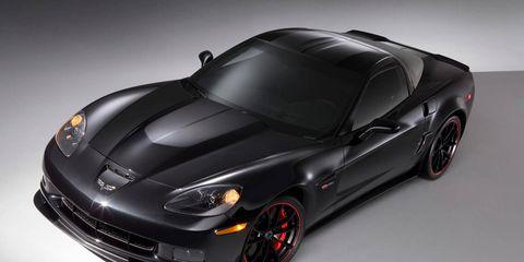 Automotive design, Vehicle, Rim, Automotive lighting, Automotive tire, Car, Performance car, Hood, Sports car, Fender,