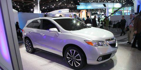 Tire, Wheel, Vehicle, Product, Automotive design, Event, Land vehicle, Car, Glass, Technology,