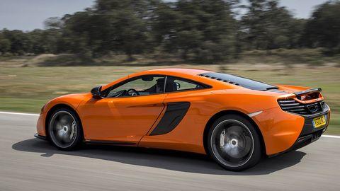 Tire, Wheel, Mode of transport, Automotive design, Vehicle, Land vehicle, Infrastructure, Rim, Transport, Car,