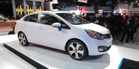 Wheel, Motor vehicle, Tire, Automotive design, Mode of transport, Vehicle, Land vehicle, Car, Auto show, Exhibition,