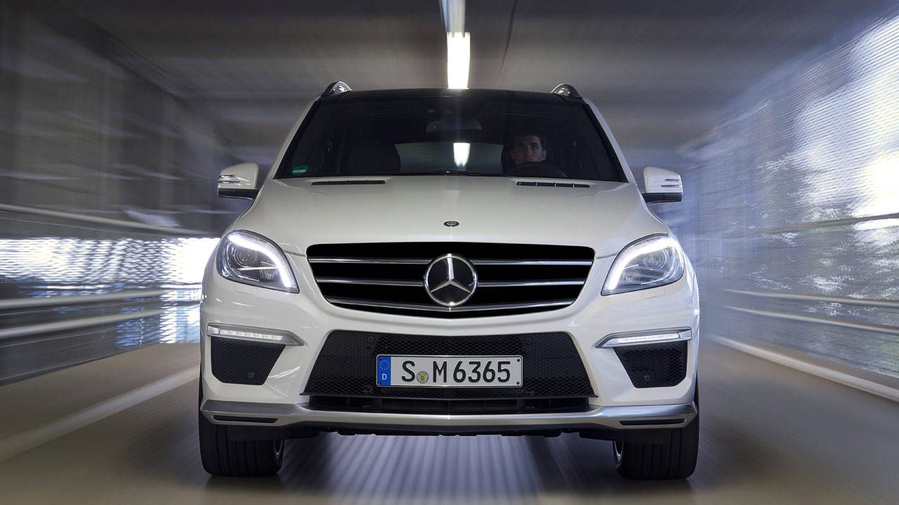 2012 Mercedes ML63 AMG Review - Top Speed