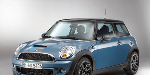 Automotive design, Blue, Vehicle, Vehicle door, Automotive exterior, Car, Grille, Automotive lighting, Alloy wheel, Electric blue,
