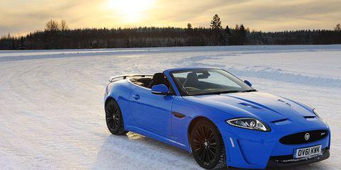 Tire, Wheel, Automotive design, Vehicle, Winter, Car, Performance car, Hood, Fender, Headlamp,
