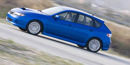 Tire, Wheel, Blue, Automotive design, Mode of transport, Vehicle, Automotive tire, Window, Alloy wheel, Land vehicle,