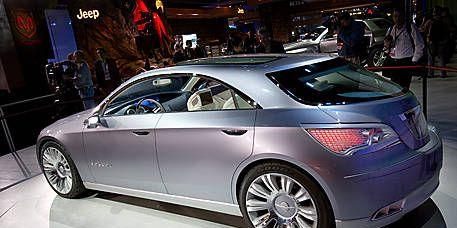 Tire, Wheel, Mode of transport, Automotive design, Vehicle, Land vehicle, Event, Car, Alloy wheel, Spoke,