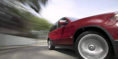 Tire, Motor vehicle, Wheel, Mode of transport, Automotive tire, Automotive design, Vehicle, Alloy wheel, Automotive wheel system, Automotive exterior,