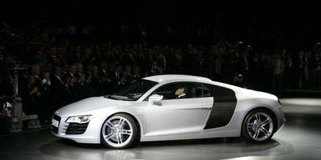 Tire, Wheel, Automotive design, Vehicle, Car, Alloy wheel, Rim, Concept car, Fender, Luxury vehicle,