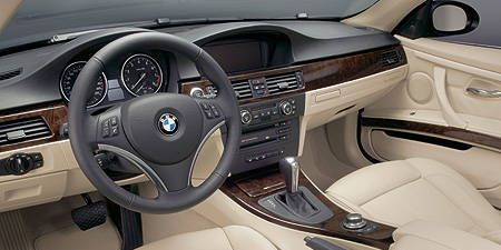 Motor vehicle, Steering part, Mode of transport, Product, Steering wheel, Brown, Vehicle, Automotive mirror, Automotive design, Center console,