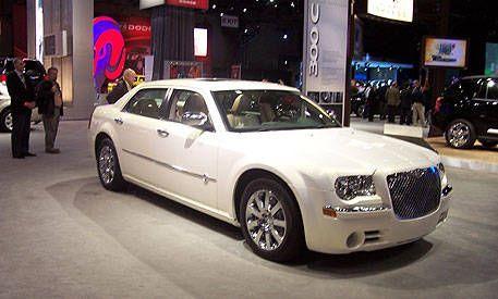 Chrysler 300 long wheelbase