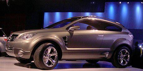 Tire, Wheel, Automotive design, Product, Vehicle, Land vehicle, Automotive tire, Car, Automotive exterior, Automotive wheel system,