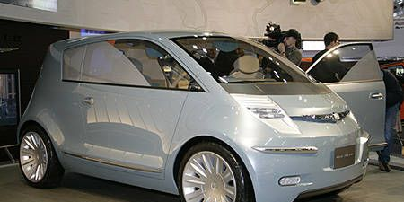 Motor vehicle, Tire, Wheel, Mode of transport, Automotive design, Vehicle, Alloy wheel, Vehicle door, Transport, Automotive mirror,