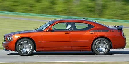 Tire, Wheel, Automotive tire, Automotive design, Vehicle, Transport, Infrastructure, Road, Car, Rim,
