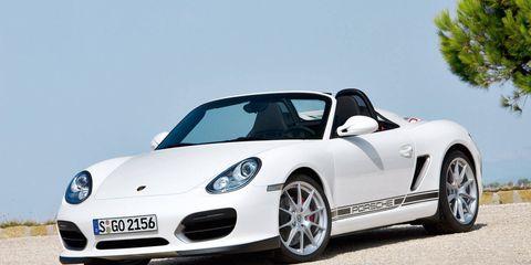 Wheel, Automotive design, Vehicle, Transport, Alloy wheel, Rim, Car, Performance car, Fender, Sports car,