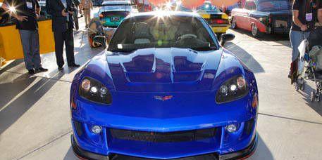 Automotive design, Vehicle, Land vehicle, Hood, Car, Performance car, Headlamp, Fender, Automotive lighting, Bumper,