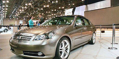 Mode of transport, Automotive design, Vehicle, Land vehicle, Glass, Transport, Car, Headlamp, Full-size car, Technology,