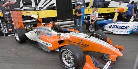 Tire, Wheel, Automotive tire, Automotive design, Open-wheel car, Formula one tyres, Vehicle, Automotive wheel system, Land vehicle, Formula one car,