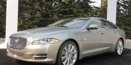 Tire, Wheel, Vehicle, Glass, Rim, Car, Alloy wheel, Automotive lighting, Spoke, Full-size car,