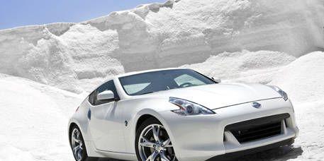 Tire, Wheel, Motor vehicle, Automotive design, Mode of transport, Automotive mirror, Vehicle, Land vehicle, Automotive lighting, Rim,