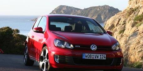 Motor vehicle, Nature, Automotive design, Vehicle, Car, Transport, Automotive mirror, Red, Automotive exterior, Rim,