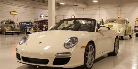 Tire, Wheel, Mode of transport, Automotive design, Vehicle, Land vehicle, Transport, Car, Rim, Automotive parking light,