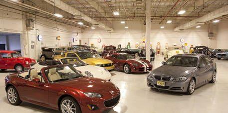 Wheel, Tire, Mode of transport, Vehicle, Land vehicle, Car, Automotive parking light, Personal luxury car, Fender, Performance car,