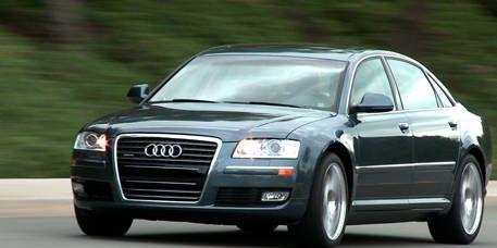 Mode of transport, Automotive design, Transport, Vehicle, Road, Headlamp, Infrastructure, Grille, Automotive mirror, Automotive parking light,