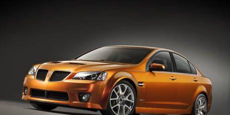 Tire, Wheel, Mode of transport, Automotive design, Vehicle, Automotive mirror, Transport, Automotive lighting, Car, Rim,