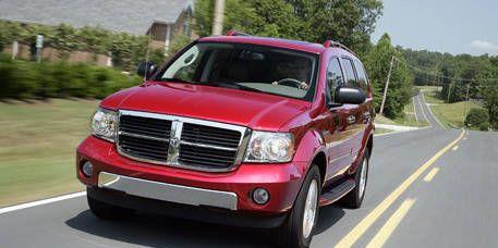 Motor vehicle, Tire, Road, Automotive mirror, Mode of transport, Vehicle, Transport, Land vehicle, Infrastructure, Hood,