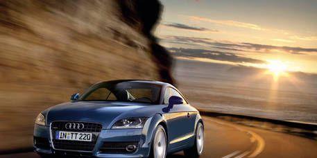 Tire, Automotive mirror, Mode of transport, Automotive design, Vehicle, Transport, Hood, Road, Headlamp, Automotive lighting,