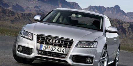 Motor vehicle, Mode of transport, Automotive design, Automotive mirror, Vehicle, Land vehicle, Transport, Headlamp, Hood, Grille,