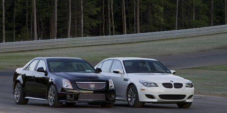 Tire, Wheel, Automotive design, Vehicle, Land vehicle, Hood, Rim, Car, Alloy wheel, Grille,