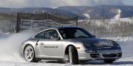 Tire, Wheel, Automotive design, Vehicle, Transport, Land vehicle, Automotive parking light, Car, Winter, Rim,