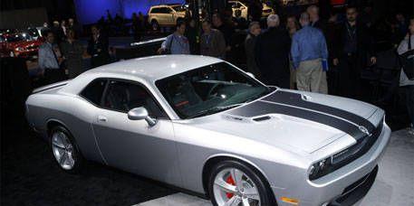 Tire, Wheel, Motor vehicle, Automotive design, Mode of transport, Vehicle, Alloy wheel, Automotive tire, Land vehicle, Rim,