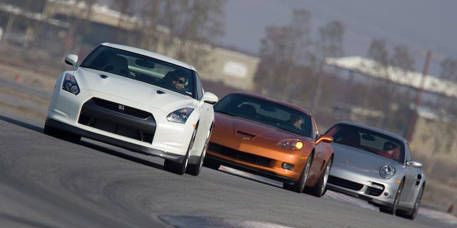 Automotive design, Vehicle, Land vehicle, Car, Race track, Headlamp, Motorsport, Sports car racing, Hood, Performance car,