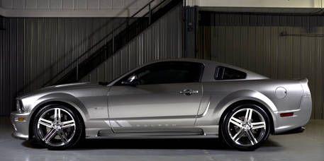 Tire, Wheel, Automotive design, Vehicle, Rim, Alloy wheel, Spoke, Car, White, Automotive tire,