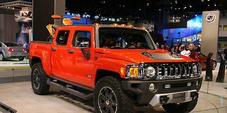 Motor vehicle, Wheel, Automotive design, Vehicle, Land vehicle, Automotive exterior, Automotive tire, Automotive lighting, Rim, Car,