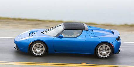 Tire, Wheel, Mode of transport, Automotive design, Blue, Vehicle, Automotive tire, Automotive wheel system, Car, Hood,
