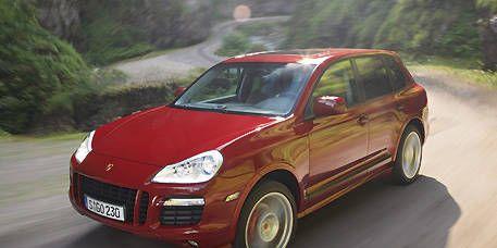 Tire, Motor vehicle, Wheel, Mode of transport, Nature, Automotive design, Vehicle, Land vehicle, Automotive mirror, Transport,