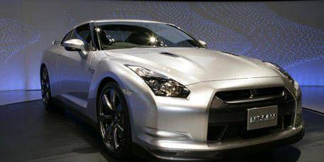 Wheel, Automotive design, Vehicle, Car, Photograph, White, Headlamp, Rim, Automotive lighting, Alloy wheel,