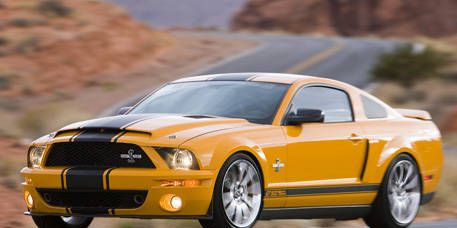 Tire, Automotive design, Daytime, Vehicle, Yellow, Hood, Headlamp, Transport, Automotive lighting, Car,