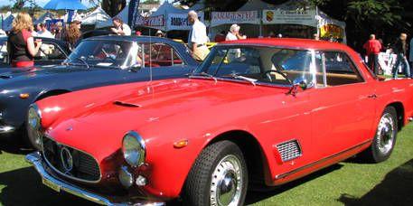 Mode of transport, Vehicle, Land vehicle, Car, Classic car, Fender, Hood, Sports car, Alloy wheel, Personal luxury car,