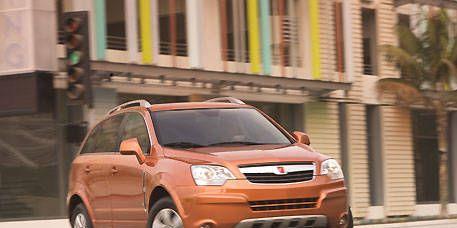 Tire, Wheel, Motor vehicle, Automotive mirror, Automotive design, Vehicle, Transport, Land vehicle, Automotive lighting, Car,