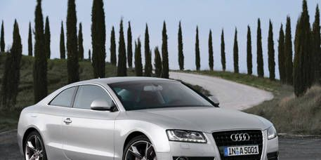 Tire, Wheel, Automotive mirror, Mode of transport, Automotive design, Vehicle, Transport, Infrastructure, Rim, Alloy wheel,