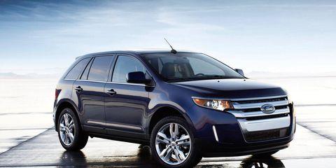 Tire, Wheel, Vehicle, Automotive tire, Land vehicle, Automotive mirror, Glass, Car, Rim, Automotive lighting,