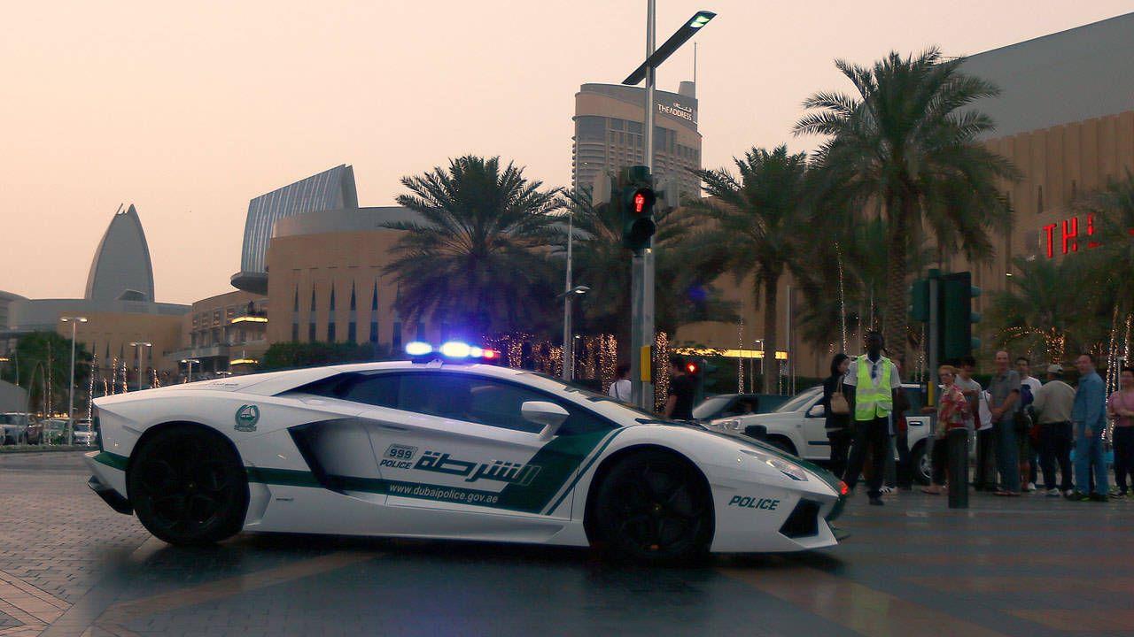 Dubai Police Get Lamborghini Aventador Dubai Lamborghini Patrol